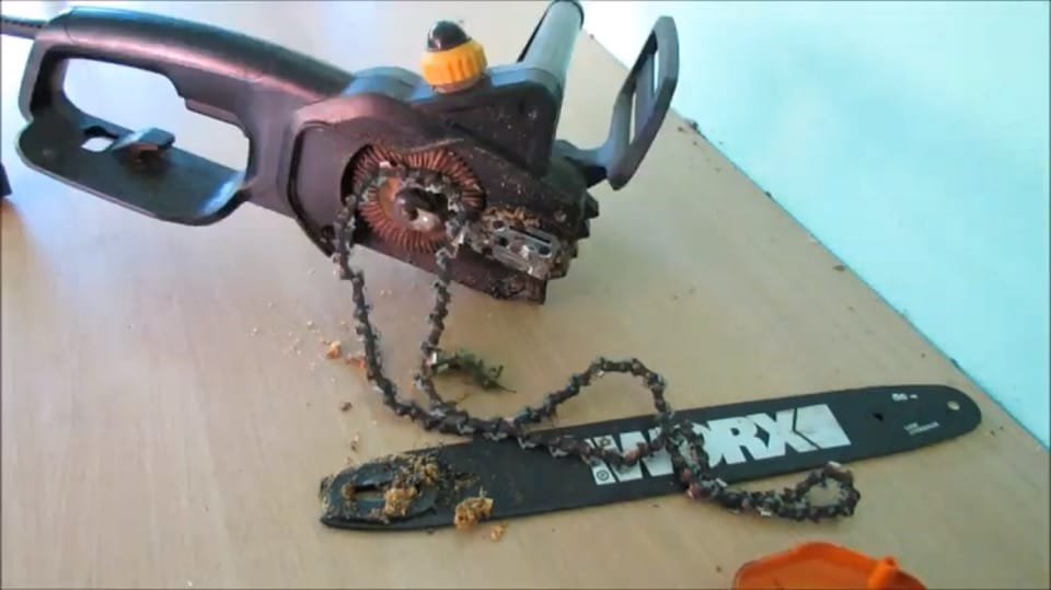 How to Put A Chain Back on A Chainsaw