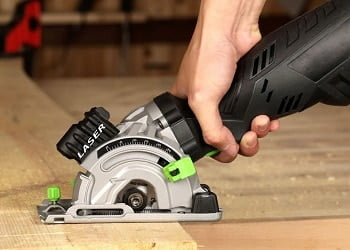 Best Saw For Cutting 2X4