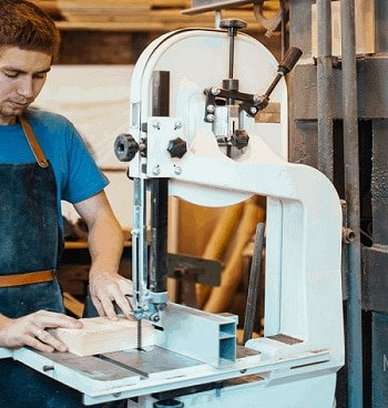 How Does A Bandsaw Works